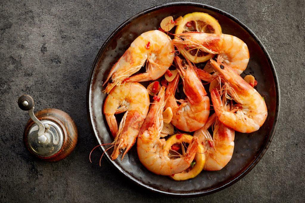 Conheça os benefícios do consumo de frutos do mar e peixes